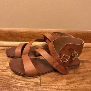 Ankle length strap sandals